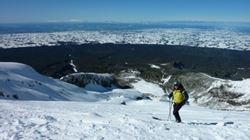 Keith Seddon at the top of the top tow, Tuesday 16 August 2011. Check out the snow, all the way to Ruapehu!